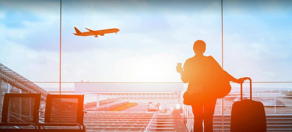 https://www.rideanddrive.travel/wp-content/uploads/2019/06/voyage-avion-sclerose-en-plaques-desktop.jpg